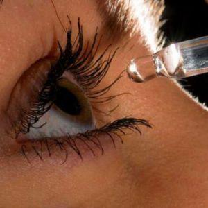 Очні краплі на основі аутологічної сироватки ефективні при лікуванні синдрому сухого ока