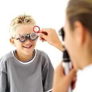 Хто ризикує захворіти на глаукому